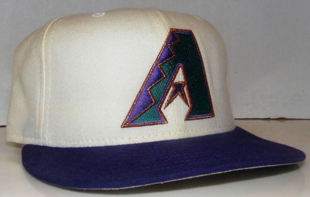 f2b3e13a7 Arizona Diamondbacks MLB Vintage 90s New Era Diamond Collection ...