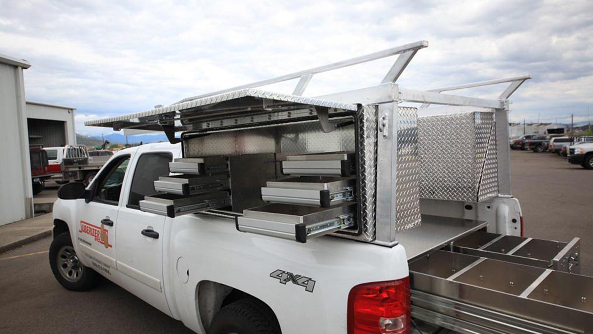 Pin by Cody Boswell on Truck beds Truck tools, Truck