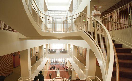Stanford GSB Library | Bookshelves | Stanford gsb, Graduate school