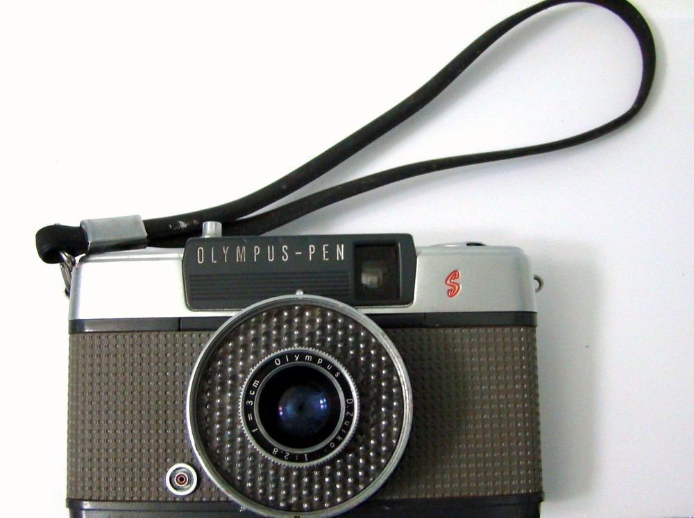 Vtg Olympus Pen Ee Camera 35mm Half Frame Zuiko Lens 2 8 22 Gray Body Cameras Photo Vintage Mov Vintage Cameras Digital Camera Photography Olympus Camera