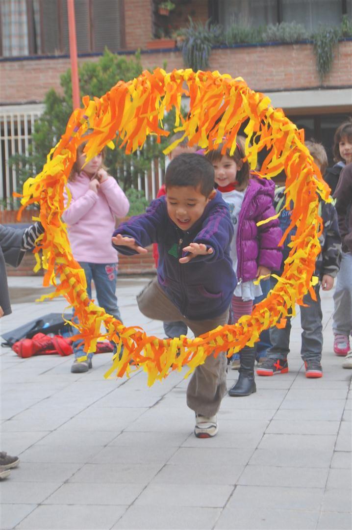 Photo of Geburtstagsspiel: Feuerring zum Durchhüpfen