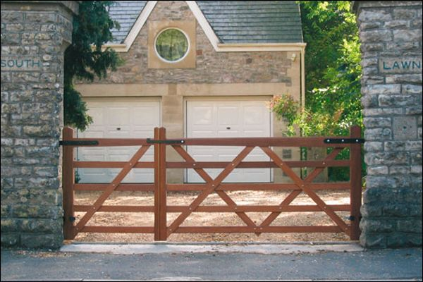 Simple diy driveway gates gates pinterest simple diy simple diy driveway gates solutioingenieria Image collections