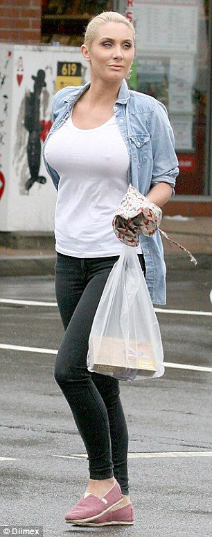 Chanelle hayes upskirt