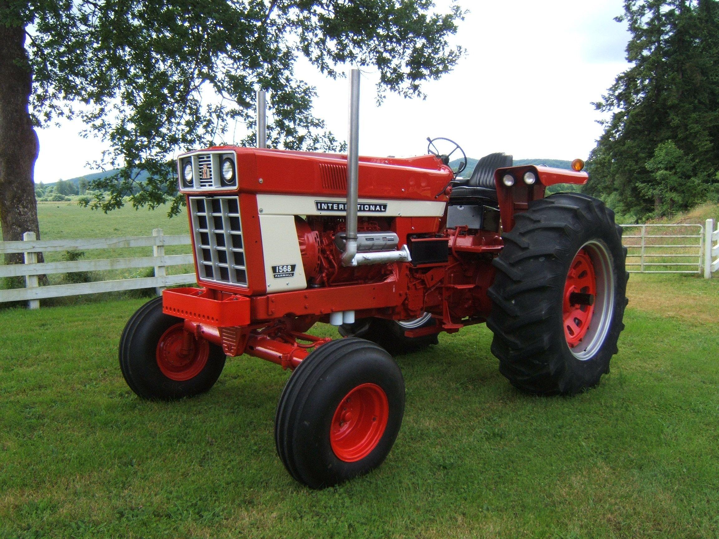 Antique International 1568 : International tractors pinterest tractor