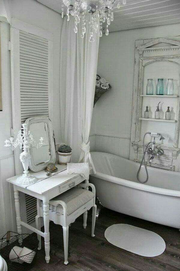 Shabby chic inspired bathroom … | Pinteres…