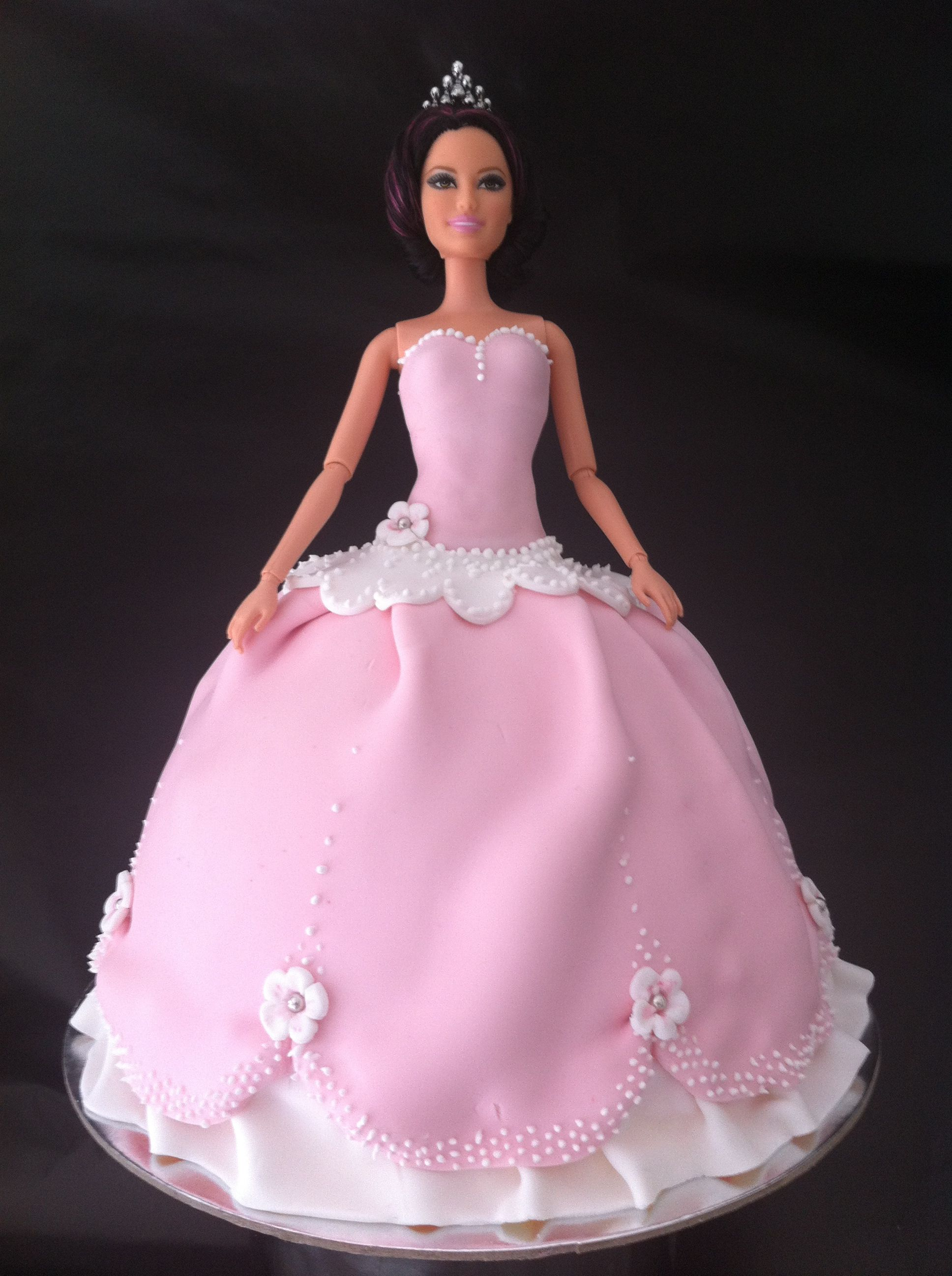 doll cakes for girls | Princess Cake Using Fondant | HowToCookThat ...