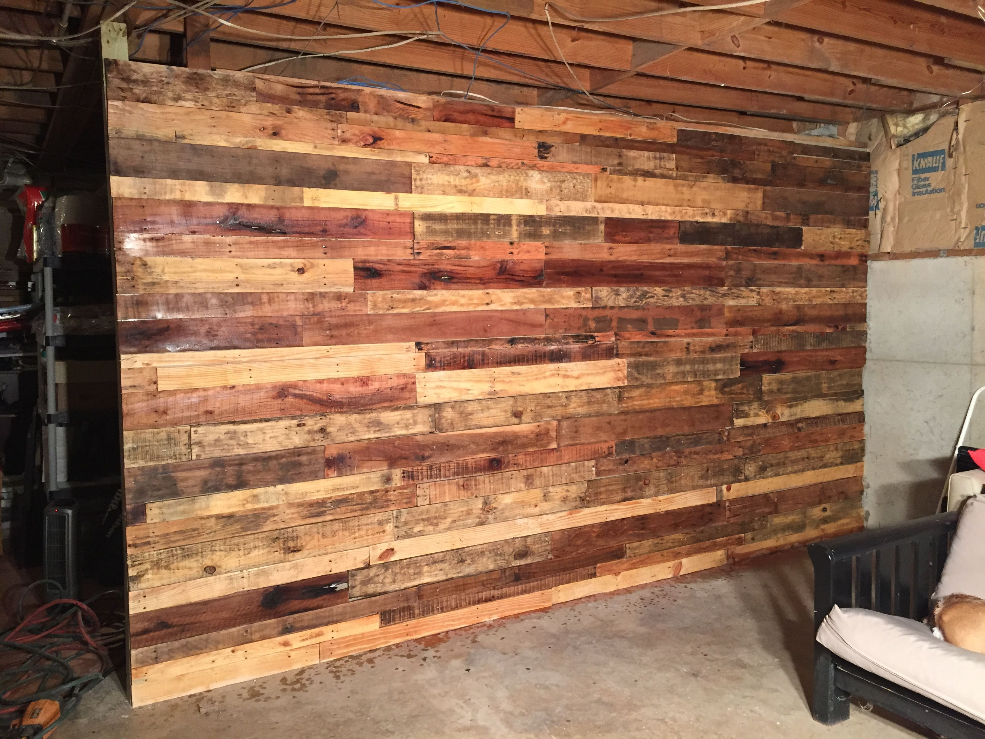 Pallet Wall Paint Drywall Brown First So You Don T See White In Between The Gaps Once Your Wall Is Done Hang P Alternatives To Drywall Wood Plank Walls Wood