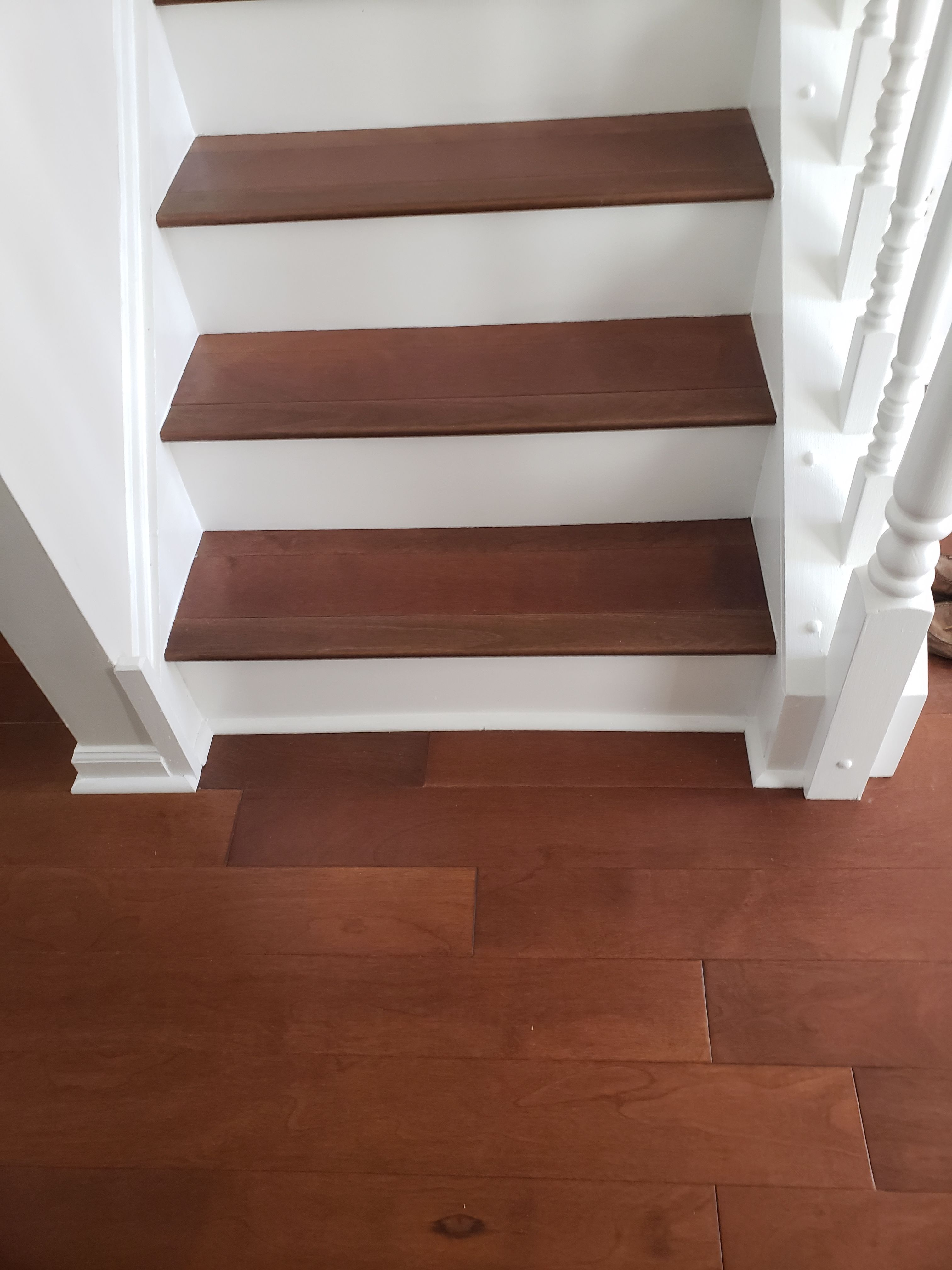 Best Stair Tread And Riser Installation By Flowers Flooring 400 x 300