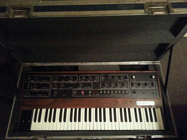 MATRIXSYNTH: Sequential Prophet 5 Rev 2 Analog Synthesizer SN 1...