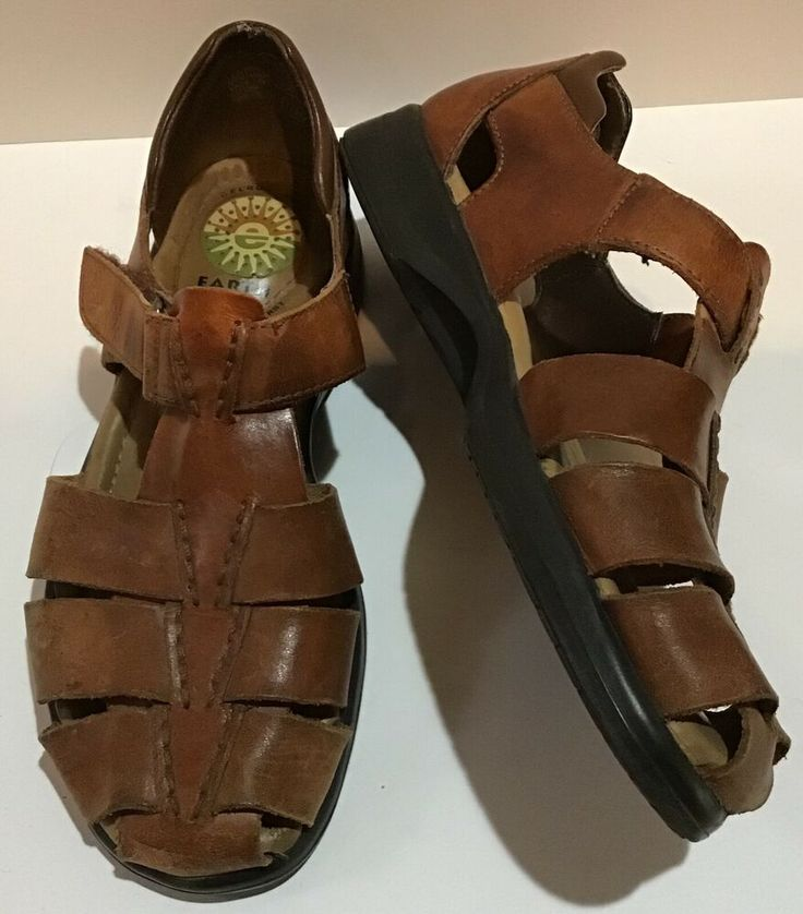 Closed toe sandals, Ankle strap shoes