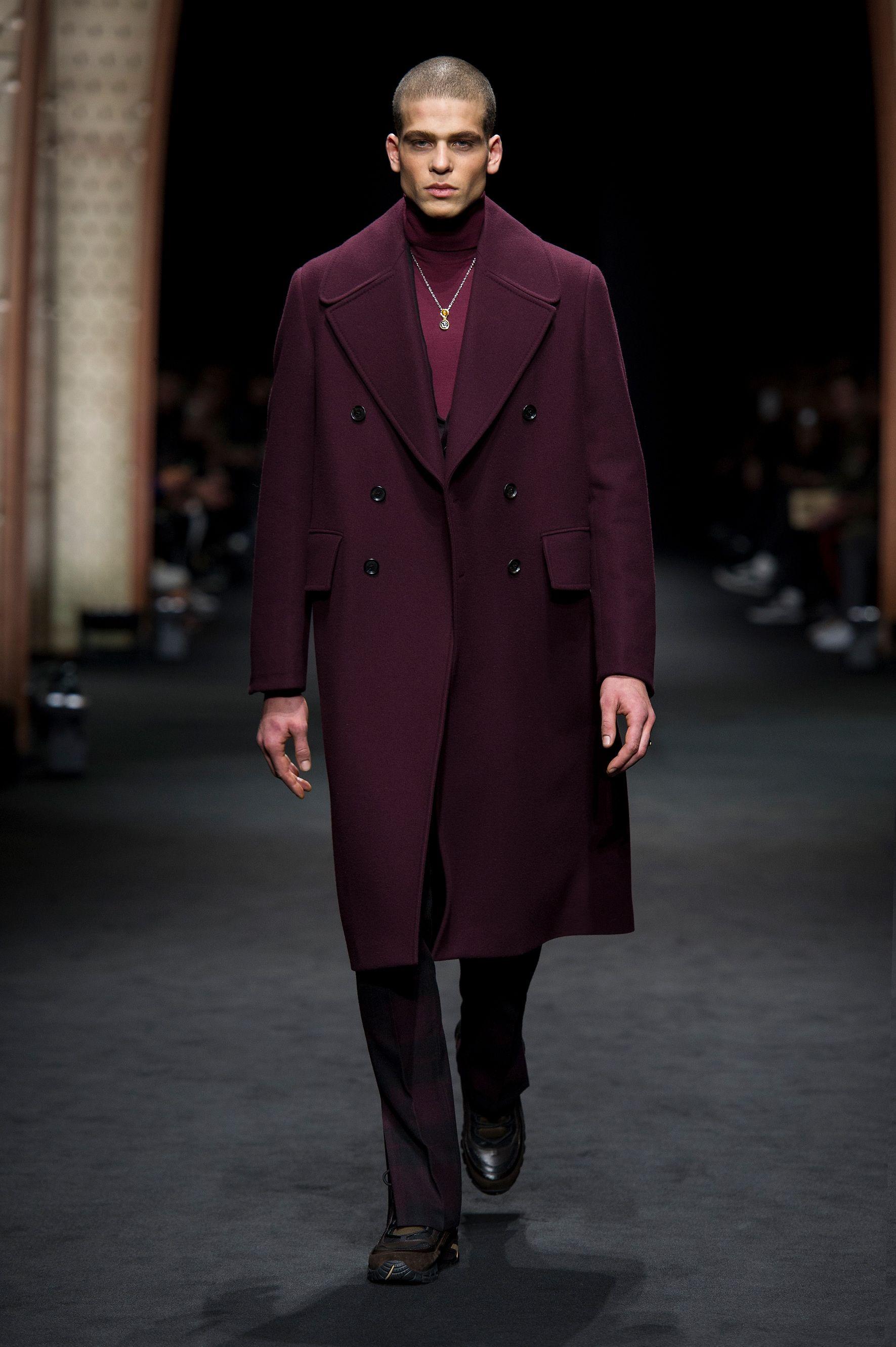 look 4 versace men 39 s fall winter 2017 show versace menswear fall winter 2017 pinterest. Black Bedroom Furniture Sets. Home Design Ideas