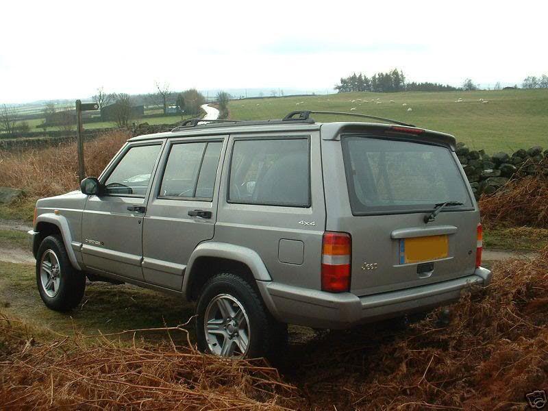 Jeep Cherokee XJ Custom Spoiler and Spoilerlight Type I