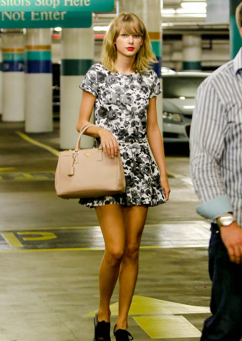 8/8/14 - Taylor Swift out in NYC.