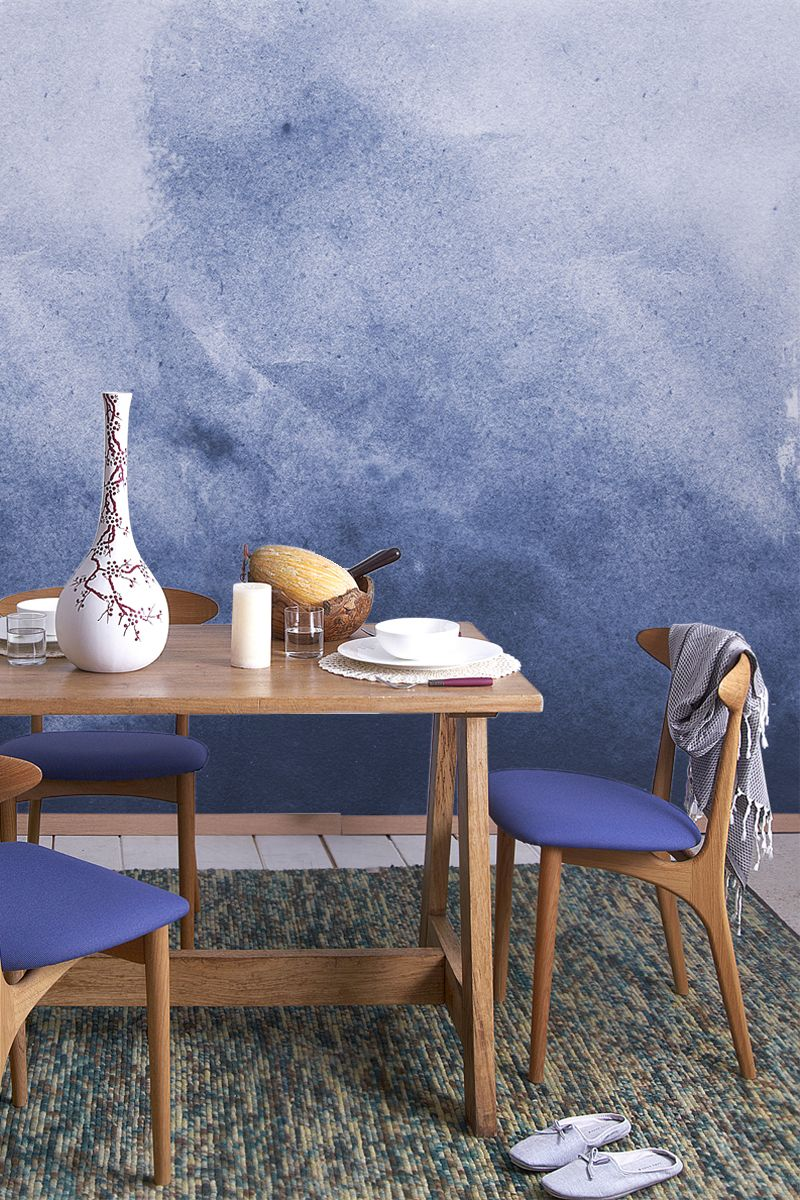 Watercolour Wallpaper Looks So Elegant In This Dining Room