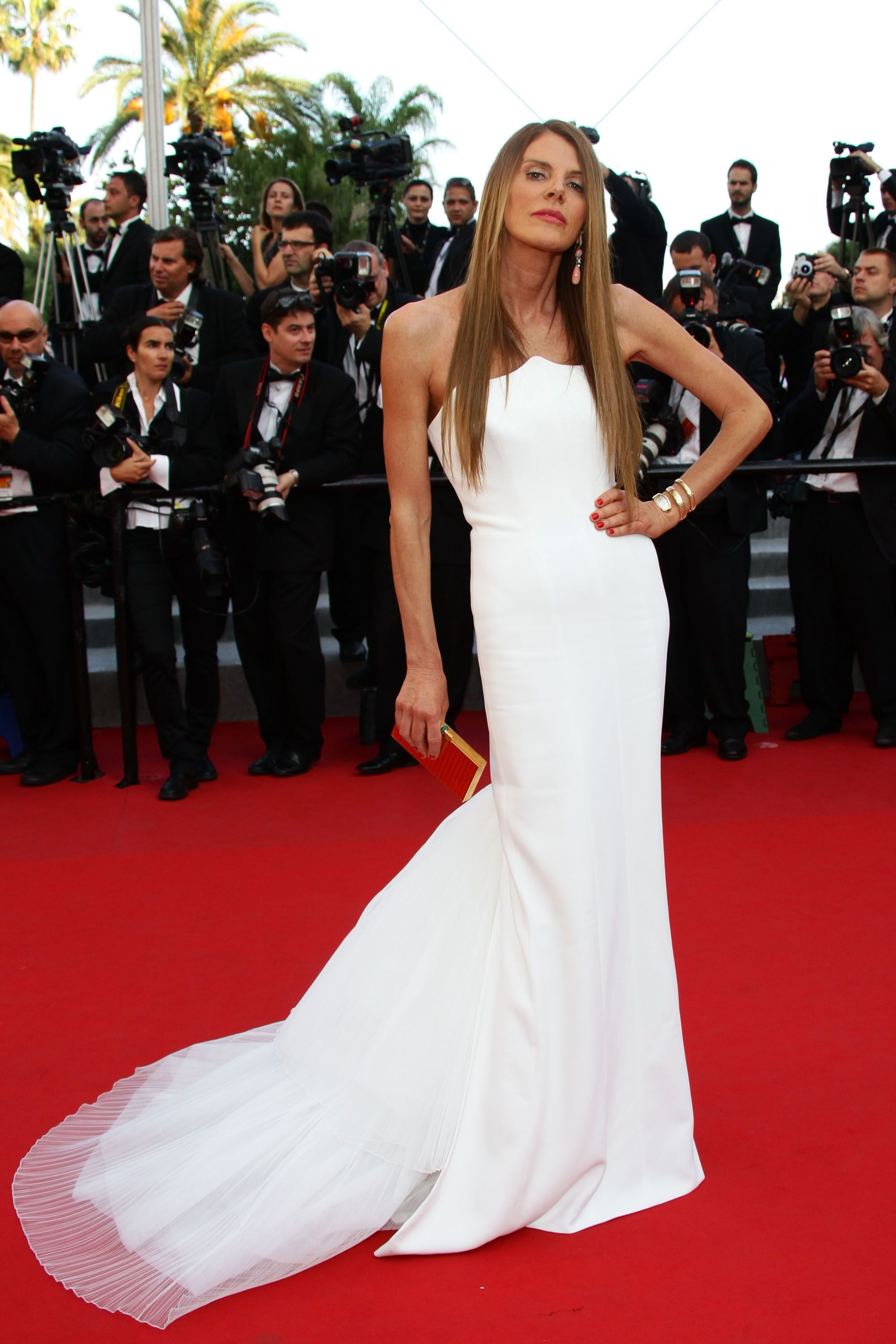 Anna dello russo looked ethereal in white red carpet dresses