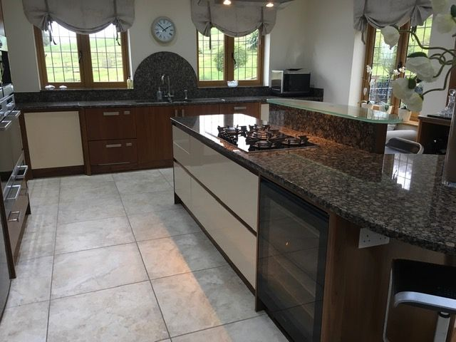Used Mowlem And Co Luxury Solid Walnut Kitchen Kitchen Sale
