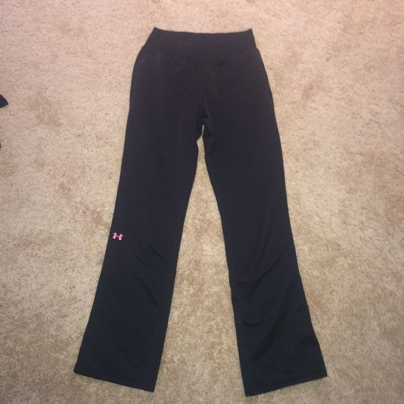 Breast cancer under armor sweatpants Black sporty sweatpants, super comfortable and warm. Has a pink under armor symbol on the front and a breast cancer symbol on the back Under Armour Pants