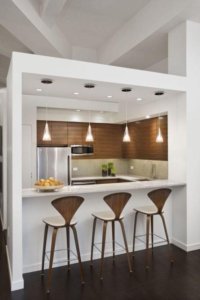 Cocinas minimalistas modernas pequenas de madera y blancas for Barras para cocinas pequenas modernas