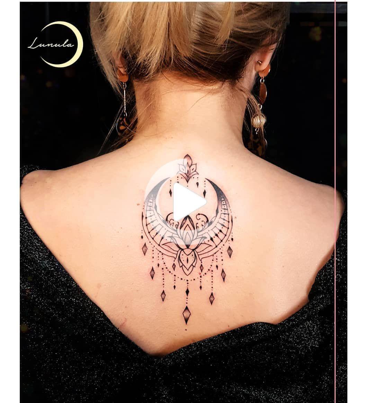 #tatuaz #tatuaze #tattoo #tattoolovers #ink #inked #tattoopoland #lotostattoo #lotus #tattooideas #moon #moontattoo #woman #tattooforwoman #polandtattoos #polishgirl #minimaltattoo #lunulatattoo #lunula #tatuazepolska #minimaltattoo