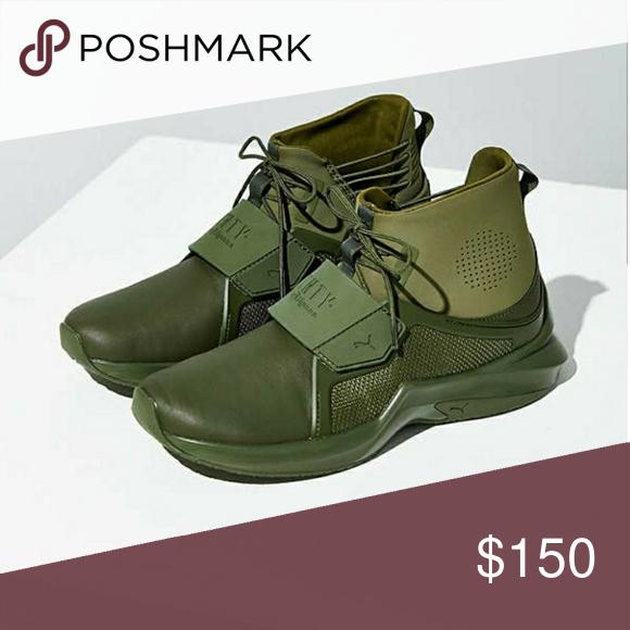 buy online 1bb90 e5273 puma • fenty x rihanna About: •brand: Puma x Rihanna •slip ...