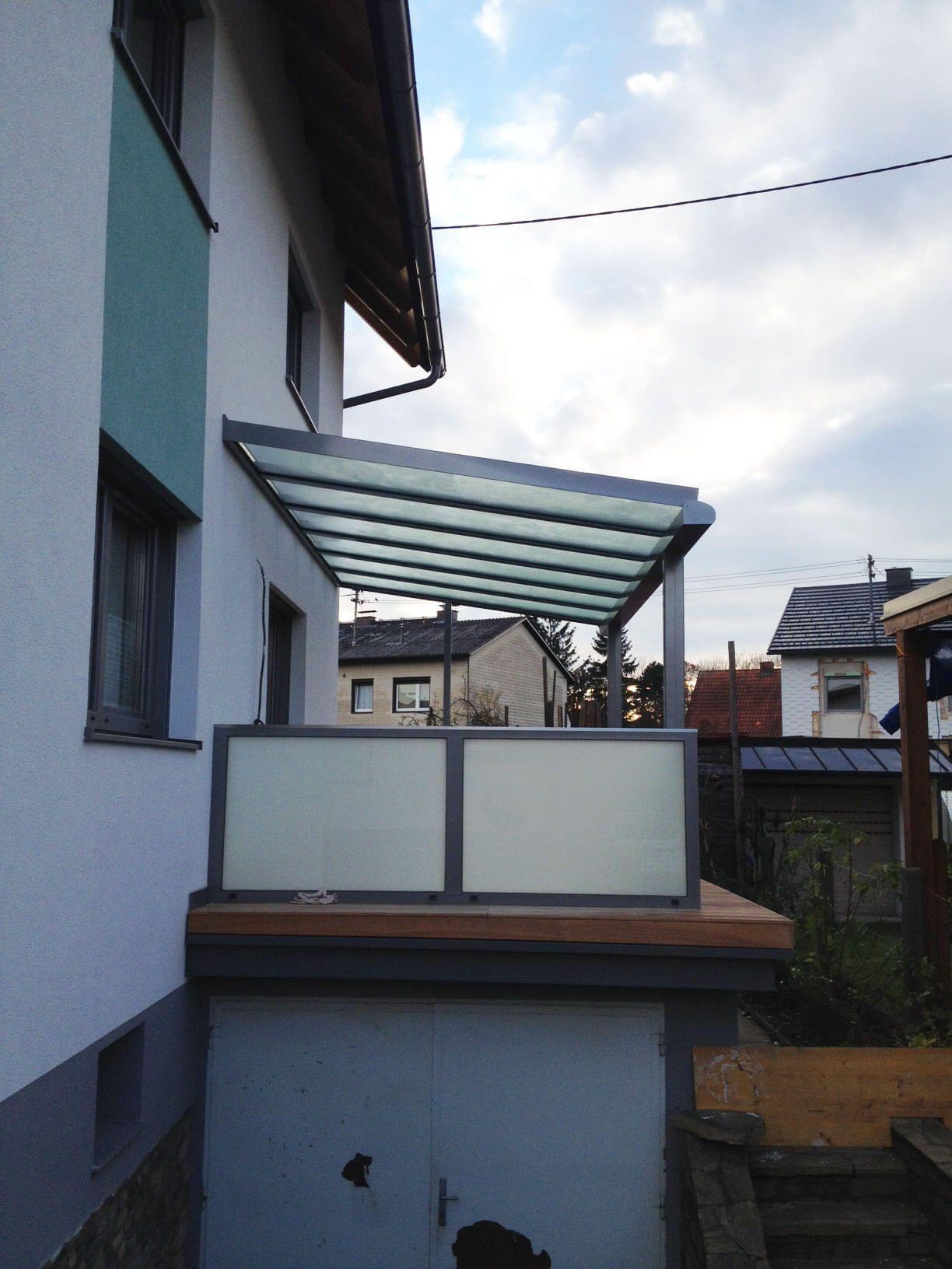Balkonuberdachung Mit Alu Glas Gelander Umbau House