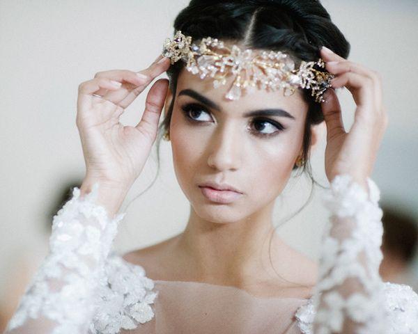 Pin On Fiji Bridal Hairdo And Headpieces