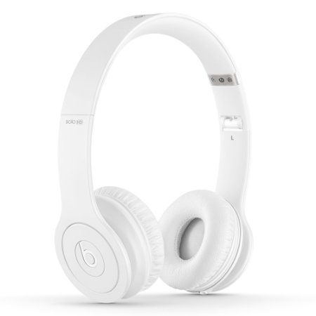 Amazon Com Beats Solo Hd On Ear Headphone Drenched In White Beats By Dre Electronics Beats Headphones Wireless White Headphones White Beats
