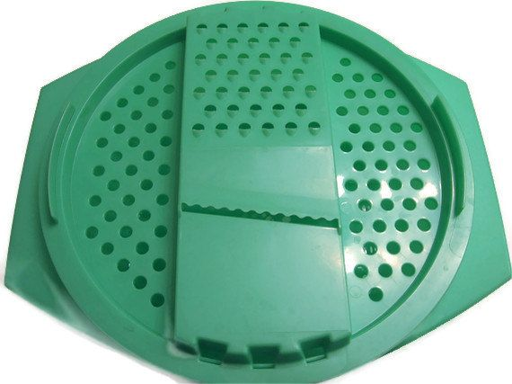 Vintage Tupperware Cheese Grater In Sea By Theshopatpoohcorner 12 00 Vintage Tupperware Tupperware Vintage