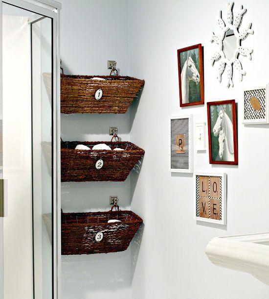 Diy Bathroom Basket Storage Small Bathroom Decorating Ideas On A