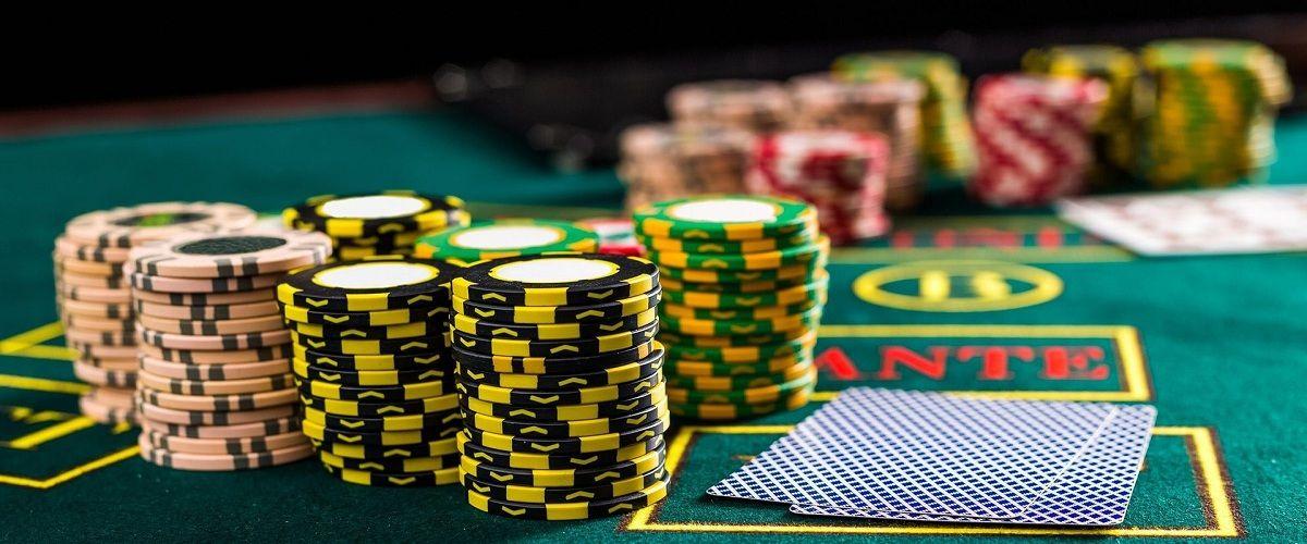 Играть в покер на деньги онлайн украина играть симка карты