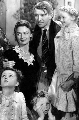 Look Of The Day Classic Christmas Movies It S A Wonderful Life Best Christmas Movies