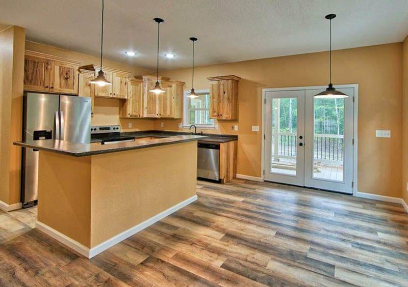 What Flooring Goes With Hickory Cabinets Hickory Kitchen Cabinets Kitchen Cabinets And Flooring Hickory Cabinets