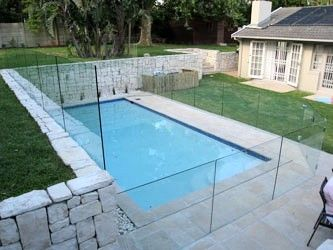 Perspex Fences And Pool Fences Ab Plastics Melbourne Pool Fence Glass Pool Fencing Pool