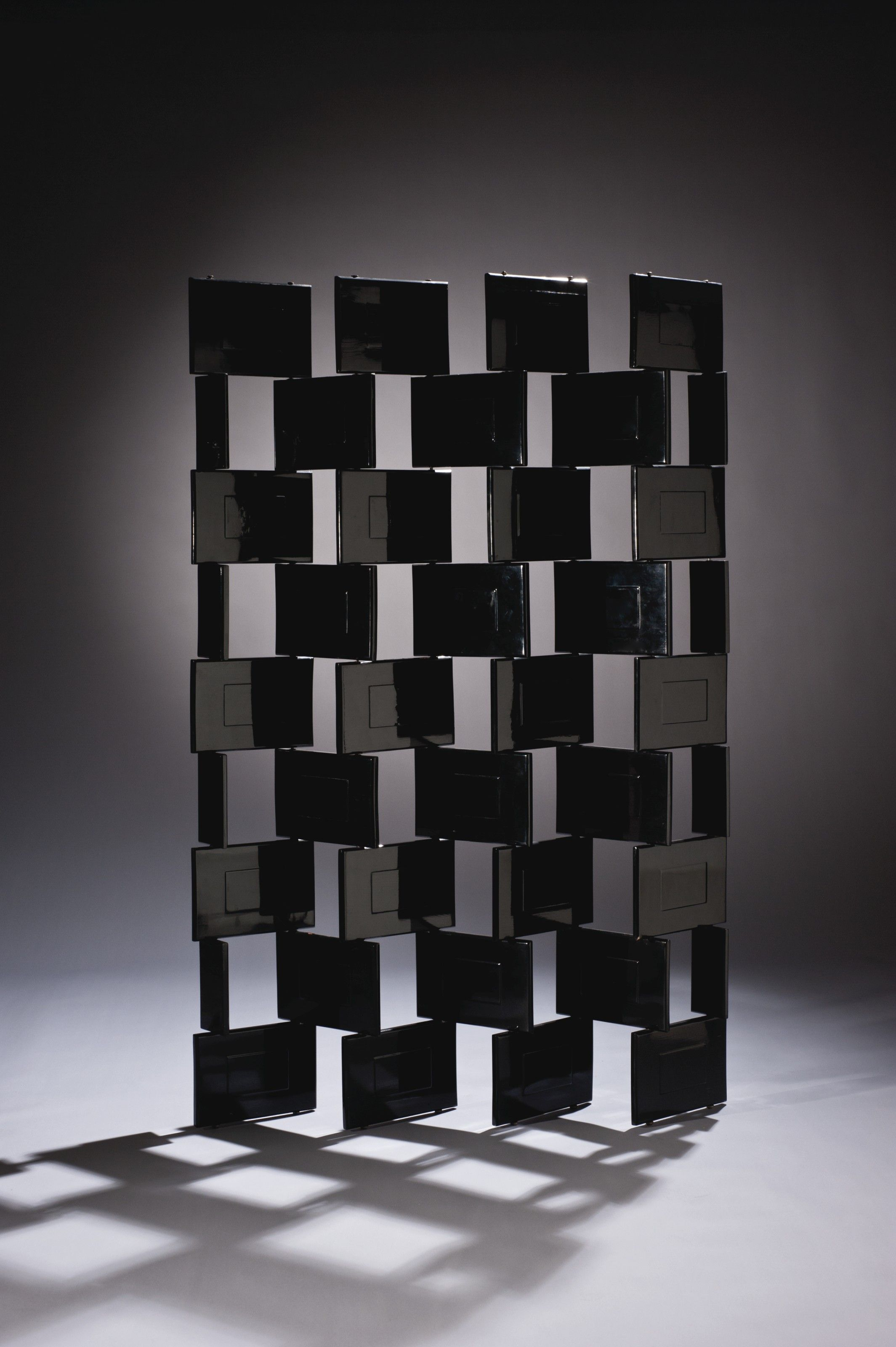 Bauhaus Paravent Gray Eileen Gray S Black Lacquer Screen Courtesy Of Christie S