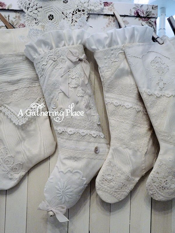 ~FRENCH LACE STOCKINGS WHITE WEDNESDAY~ Beautiful lace and linen stockings!
