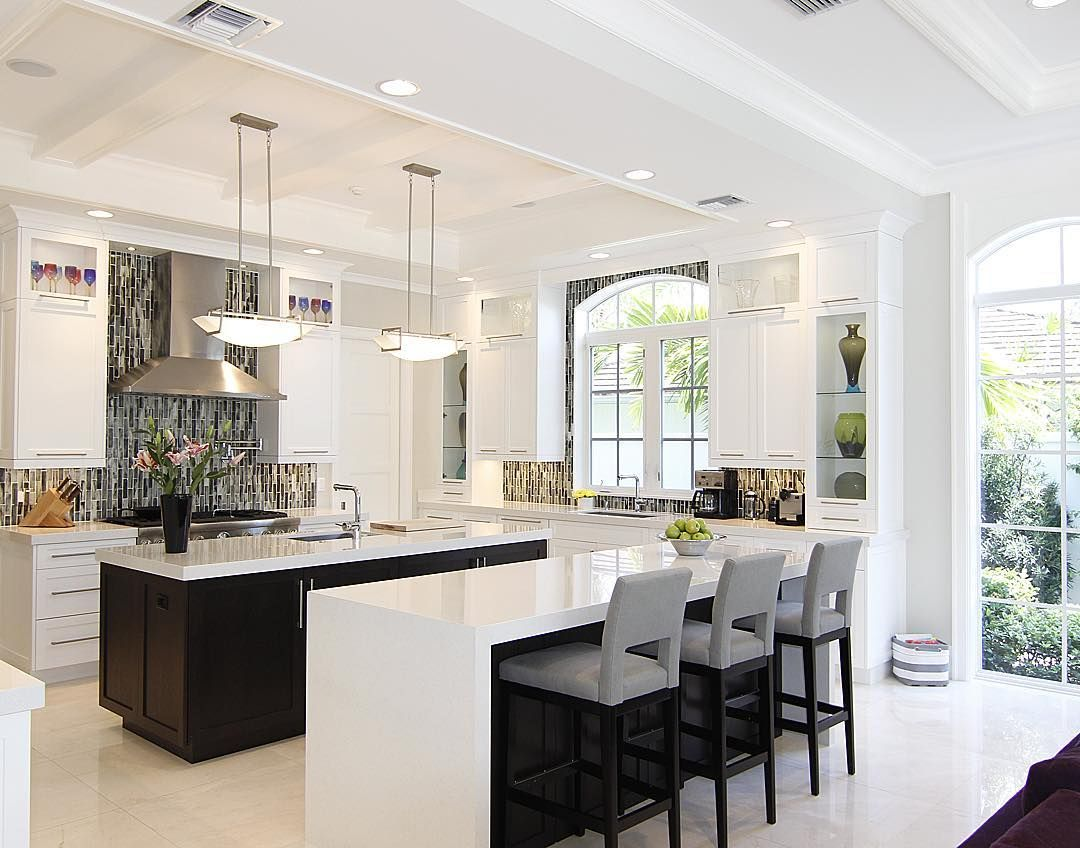 Beautiful design and plenty of natural light By ...
