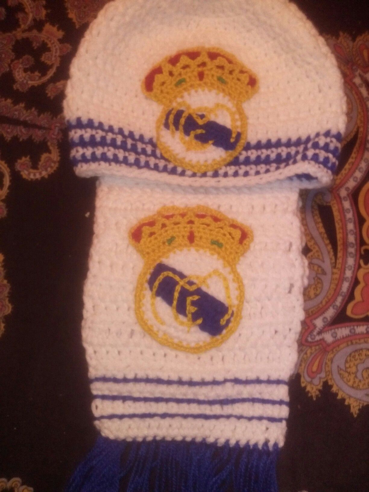 Gorro y bufanda Real Madrid | Real Madrid | Pinterest