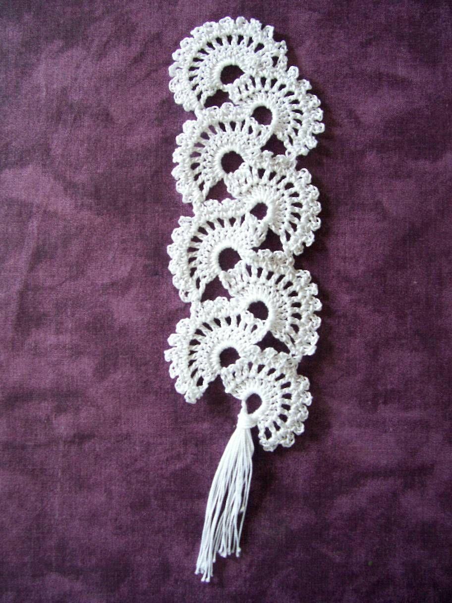 Tuto du marque page au crochet fa on coquille pinterest maille serr e fourniture et les - Maille coulee au crochet ...