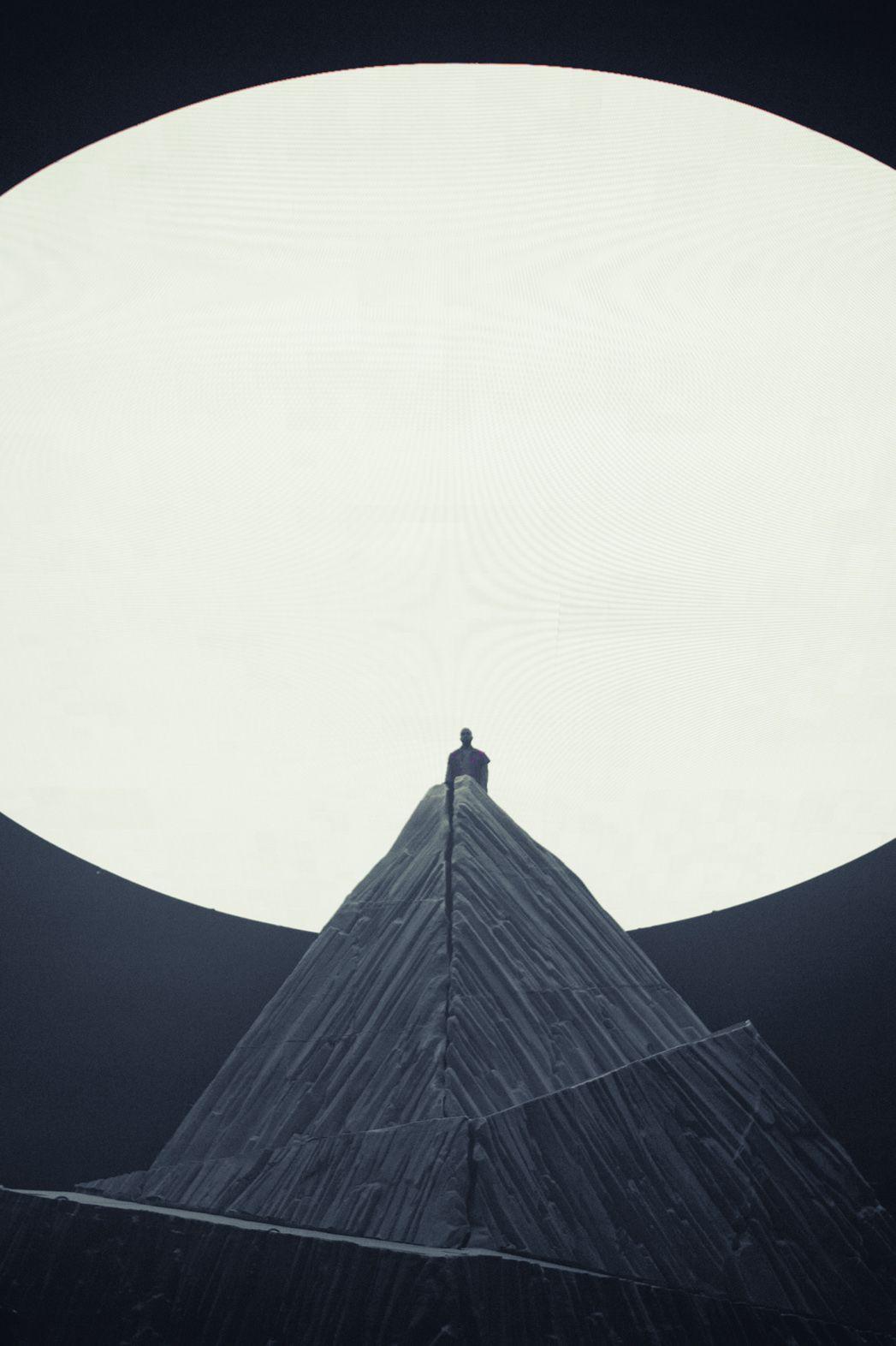 Kanye West Yeezus Tour Concept Virgil Abloh Donda Design De Mise En Scene Scenography Kanye West Yeezus