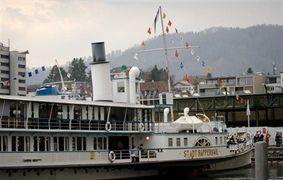 Der Föhn war stärker - Dampfschiff Stadt Rapperswil lief auf Grund