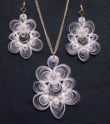 A Way With Paper: Pearls on White Quilling Jewelry