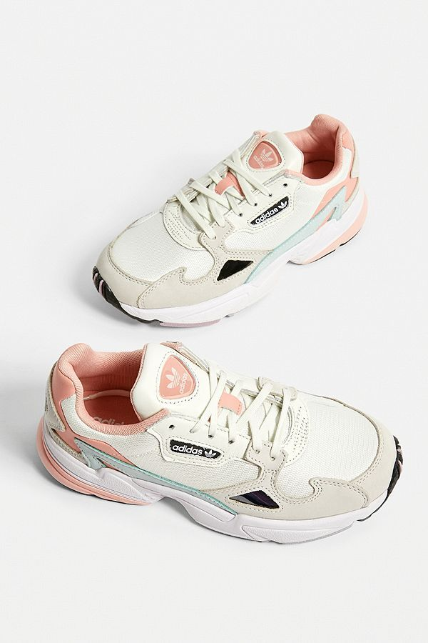 adidas Originals Falcon Pale Pink Trainers | Chaussure mode