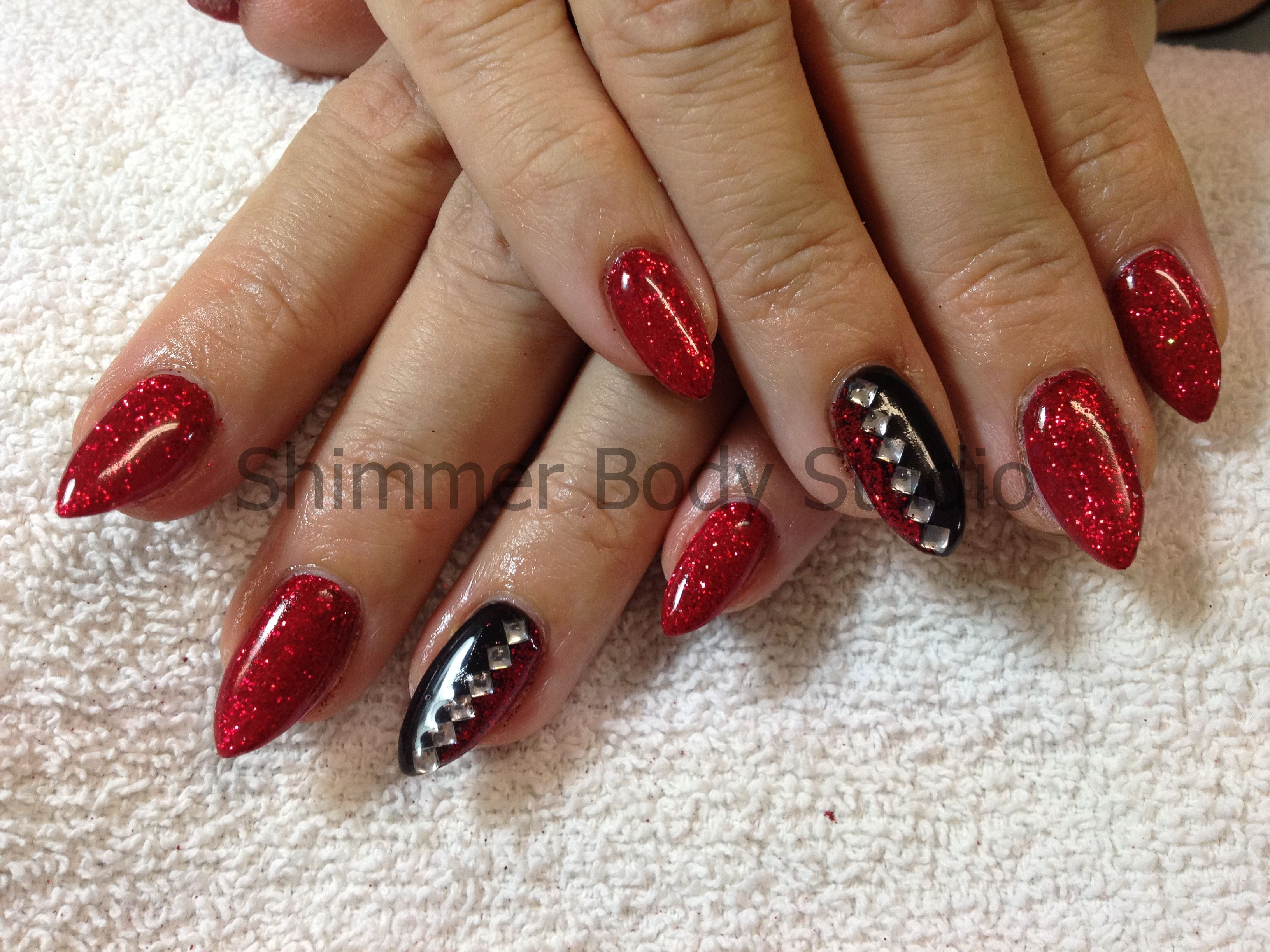 Gel nails, red and black pointed nails, glitter and ...