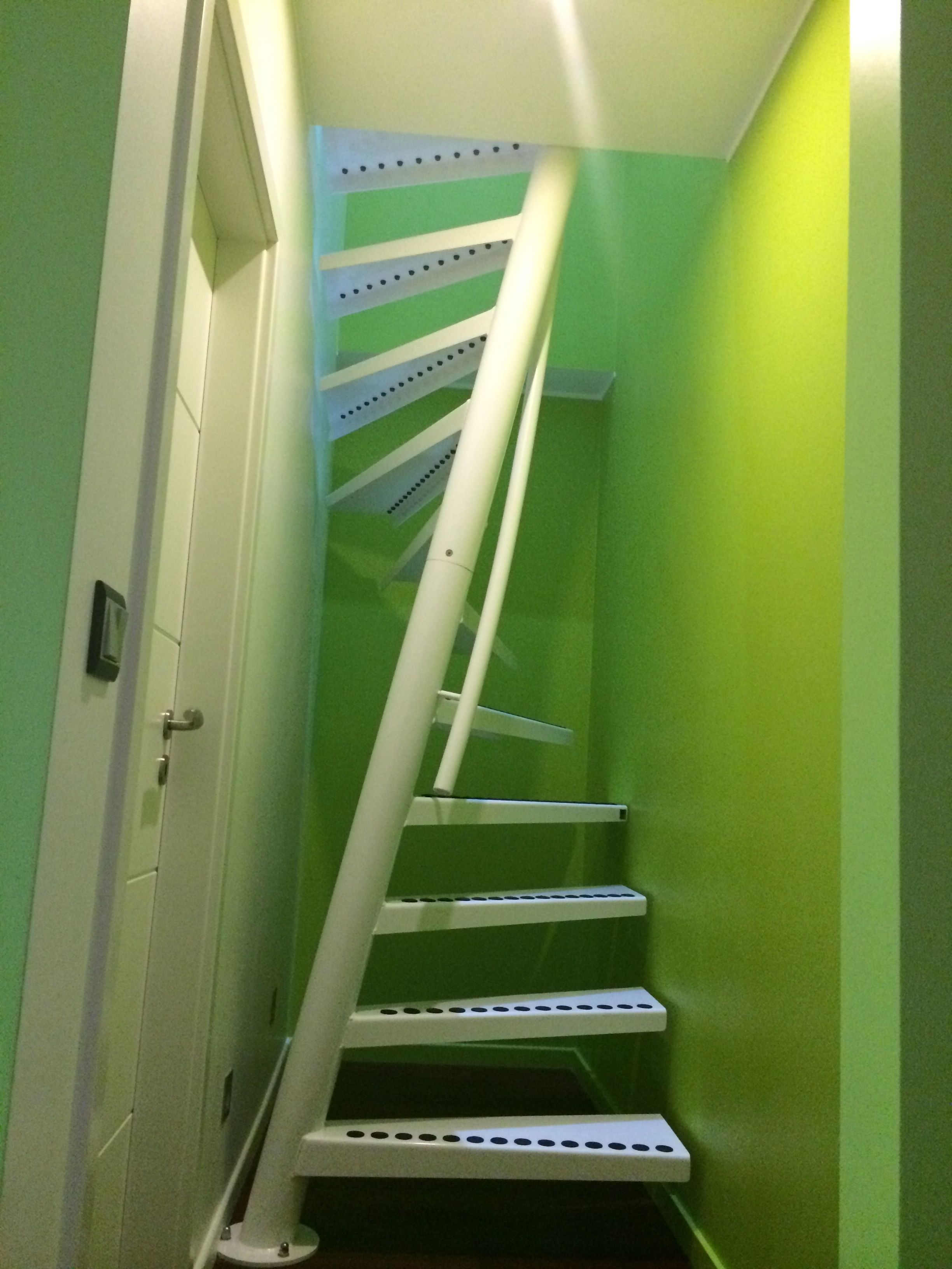 1m2 By Eestairs In A Narrow Space Of 1 05m Width Stairs