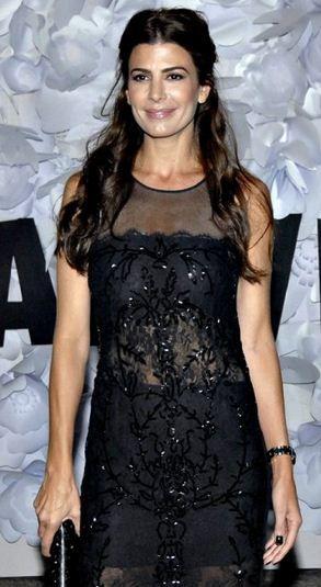 d507b6cf6 Juliana Awada - BAFW Vestidos Cortos Elegantes