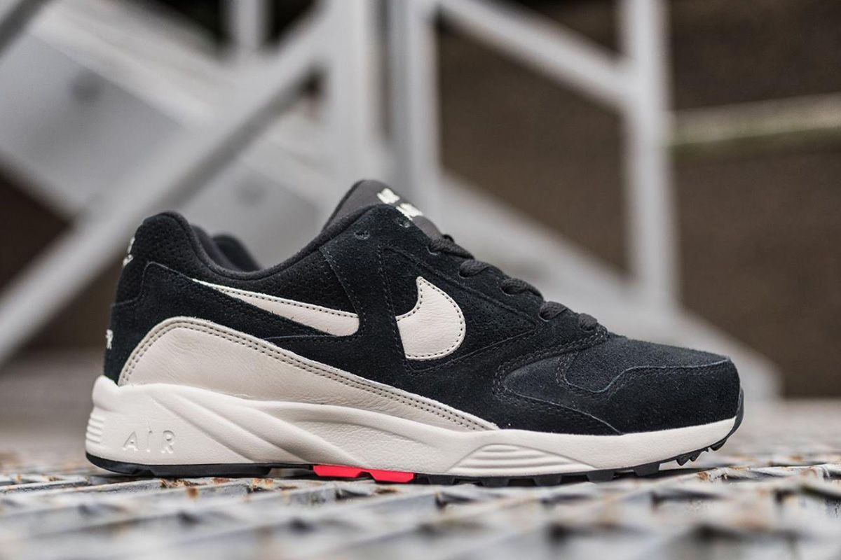Nike Air Icarus Extra QS: Available in Black/Sail - EU Kicks: Sneaker