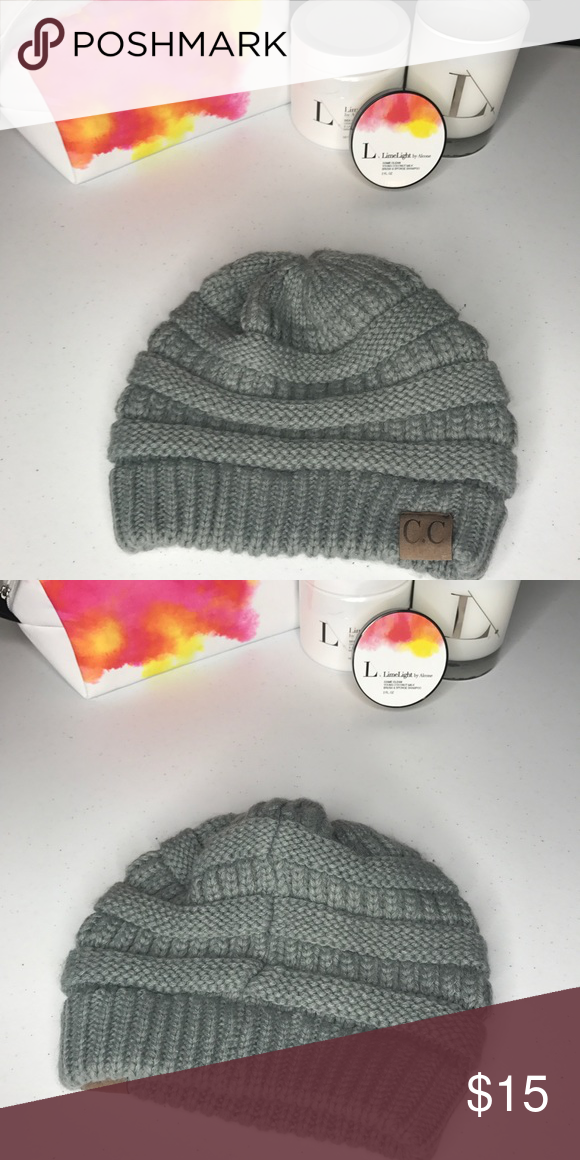 C.C Beanie Women's beanie great condition. C.C Accessories Hats