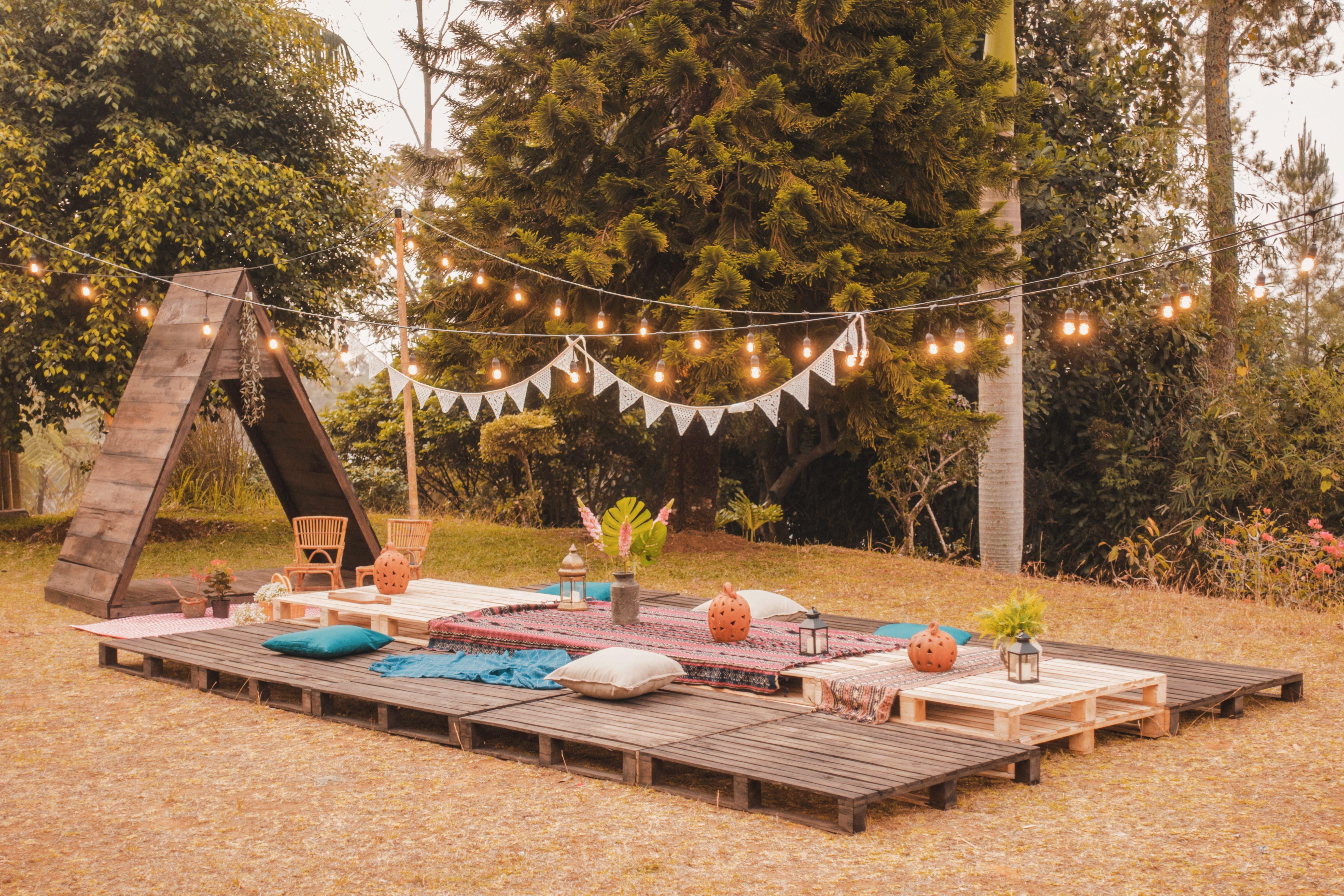Huge Gathering Outdoor Beautiful Space Outdoor Outdoor Decor