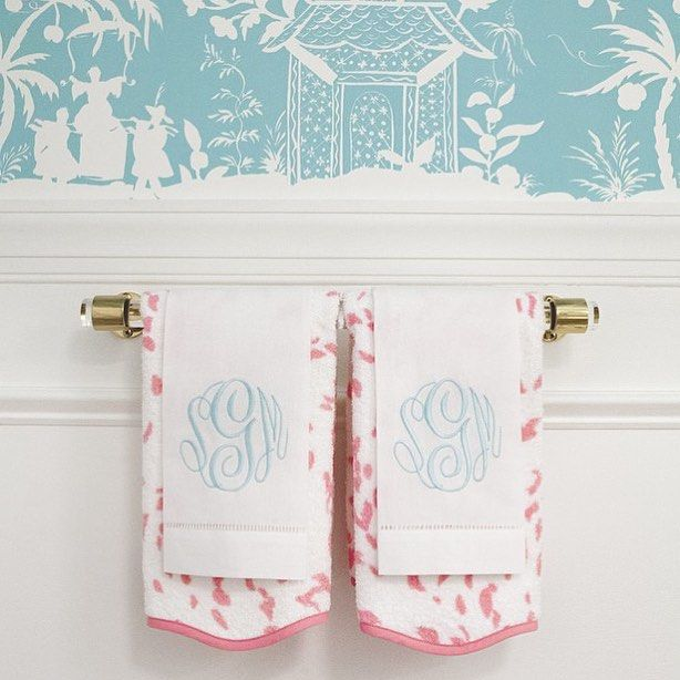 Displaying Guest Towels: Best 25+ Hand Towels Bathroom Ideas On Pinterest