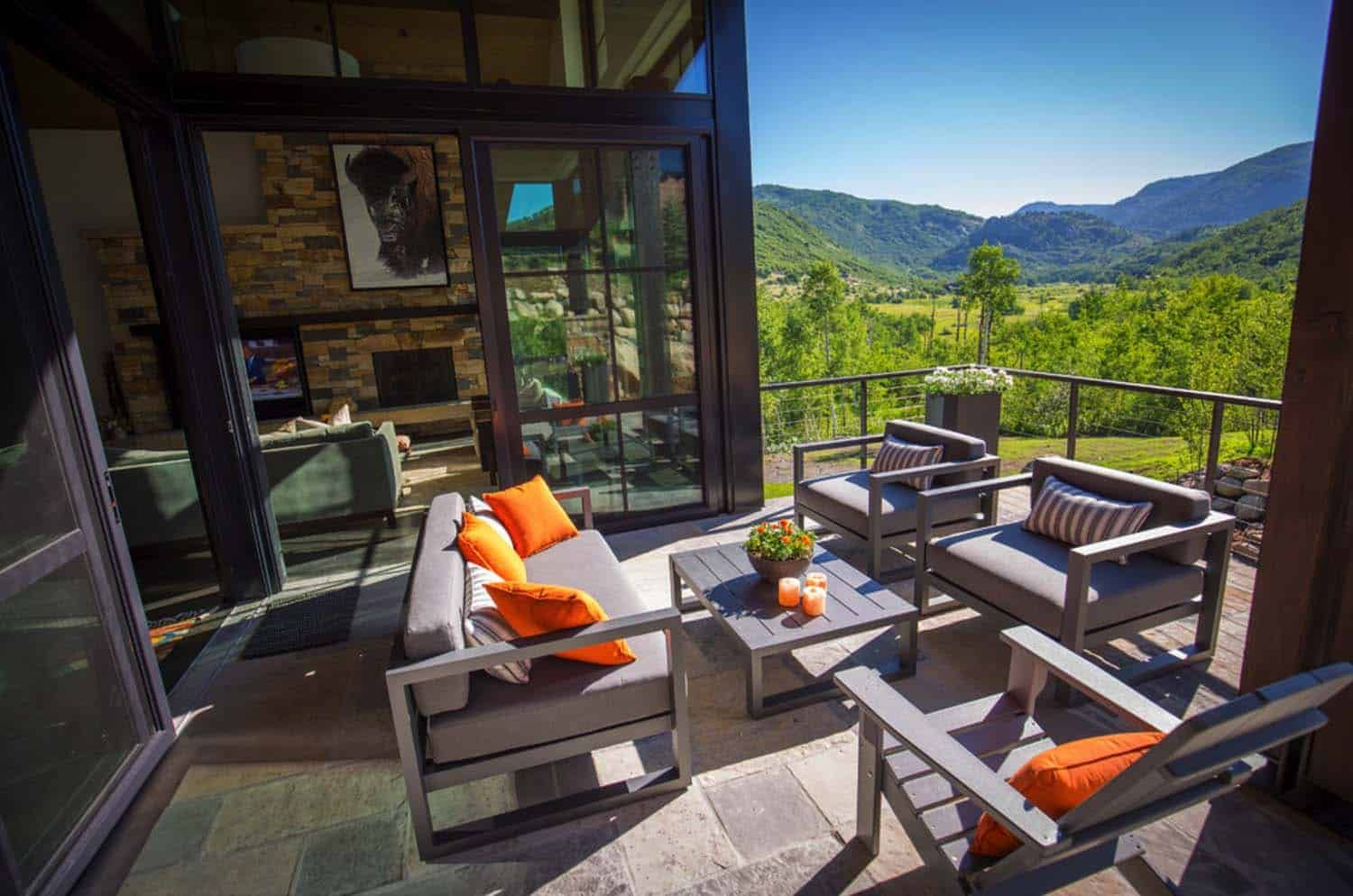 Breathtaking Contemporary Mountain Home In Steamboat Springs Contemporary House Design Modern Contemporary Homes House Designs Exterior